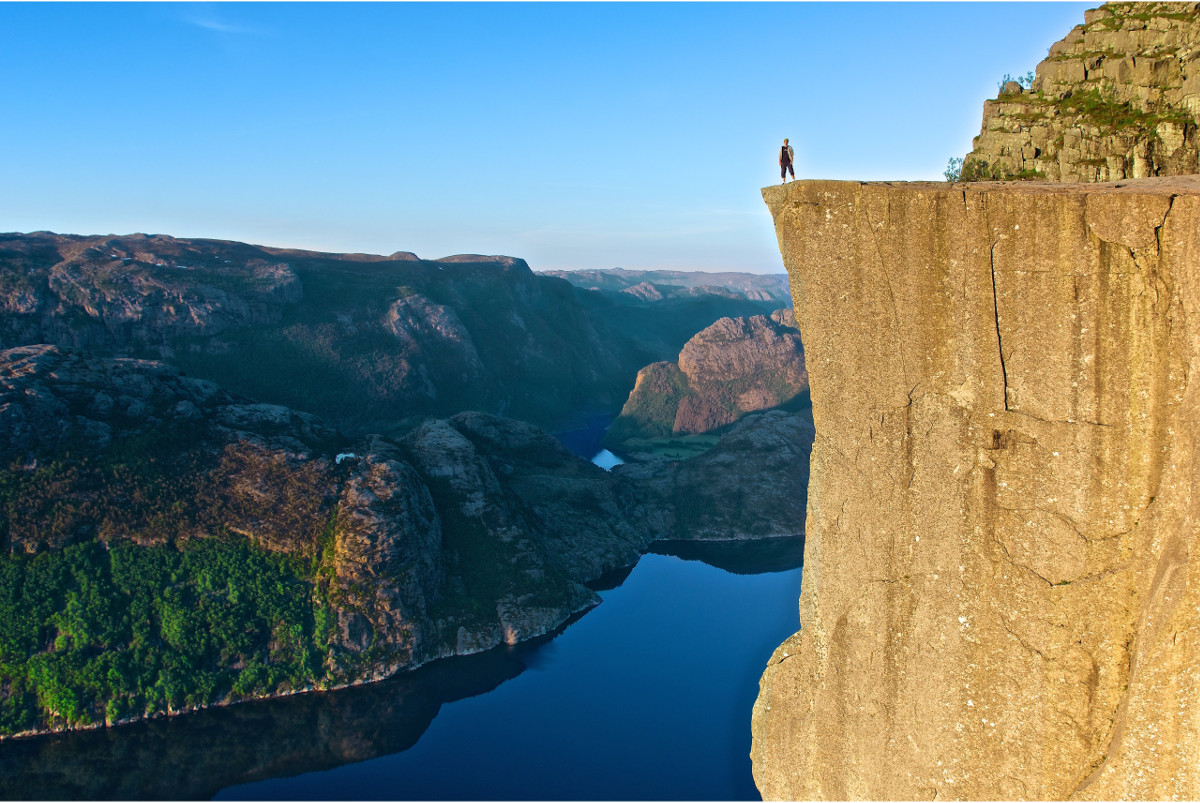 Pulpit rock (photo: eklaf)